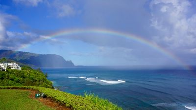 Hawaiian style Princeville condo with panoramic ocean and Bali Hai views.