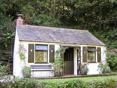 COACHMAN'S, character holiday cottage in Tintagel, Ref 982