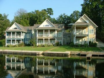 Hot Springs house rental - View of Chesapeake Cove from Lake Hamilton