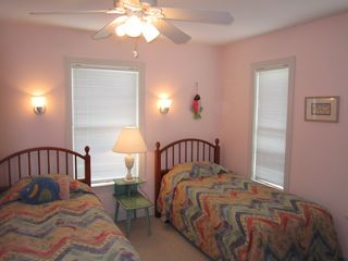 Harbor Island house photo - Third bedroom offers two twin beds, ceiling fan for soft breezes and a full bath