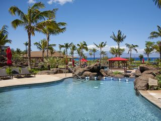 Lahaina condo photo - Dine on your outside lanai with ocean view