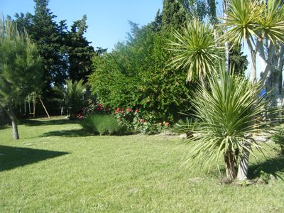 beautiful countryside cottage with pool on the outskirts of Nimes