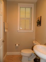 Englewood condo photo - Half bath