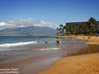 Keawakapu Beach. Perfect for long walks or runs. Photo by Making Maui Memories.