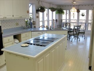 Hot Springs Village house photo - Fully equipped kitchen w/ island Jenn Air range and oven