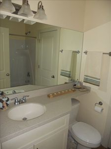 1st Floor Bath - tub/shower