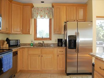 Recently Renovated Kitchen with Granite Countertops and All New Applicances