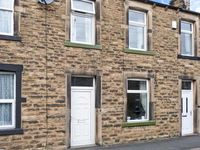 LEMONGRASS, pet friendly, with a garden in Skipton, Ref 27268