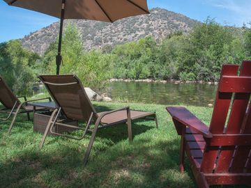 Three Rivers cabin rental - Lounge chairs for relaxing by the river