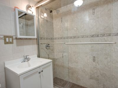 2nd bathroom !!!!!!!!!!! SINK TOILET WITH STANDING SHOWER !!! BEAUTIFUL