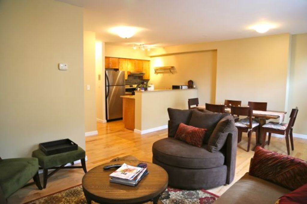 A Modern, Convenient & Comfy TRUE 2BR you can call your Brownstone Brooklyn home