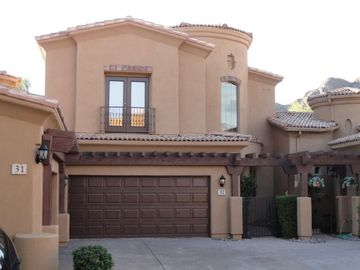 Gold Canyon townhome rental - Front View - Private entry 2 car garage