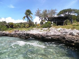 Lubbers Quarters Cay cottage photo - Waterfront swim and snorkel