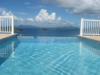 Pool w/fabulous views to BVI's