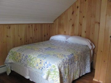Upstairs Bedroom #4