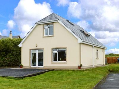 ATLANTIC VIEW, pet friendly in Quilty, County Clare, Ref 914000