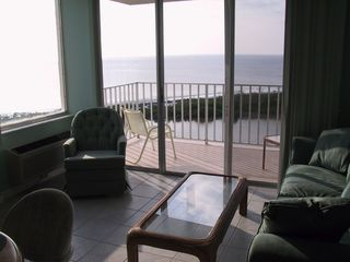 Fort Myers Beach condo photo - Living room