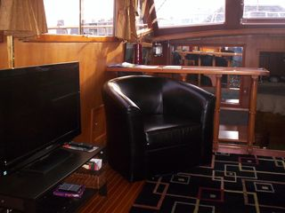 Boston yacht photo - HD TV w/dvd player in the salon of Green Turtle II with fabulous views