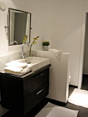 Los Angeles house photo - Bedroom 1 Bathroom