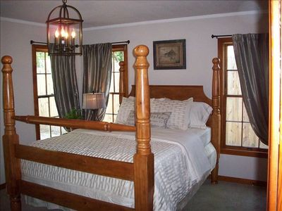 One of 3 bedrooms-Spacious Master Bedroom