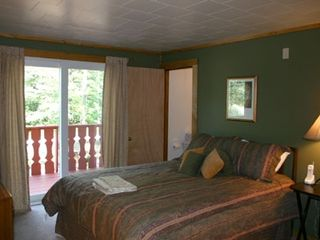 North Conway house photo - Queen master bedroom w/private bath & balcony