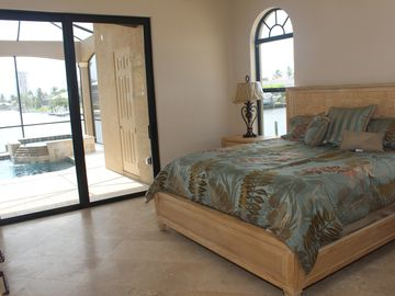 Master bedroom - slider to pool & spa - incredible views - indoor jacuzzi too!