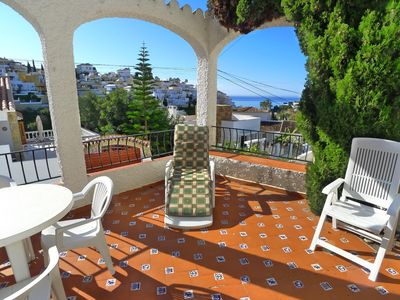 2 Bed, 2 Bath Holiday Apartment With A/c & Pool, Just 450m From Burriana Beach