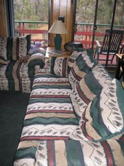 Moonridge cabin photo - Plenty of comfortable seating in living room
