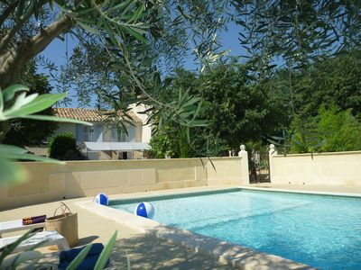 Very nice cottage in Provencal farmhouse with exclusive pool shared
