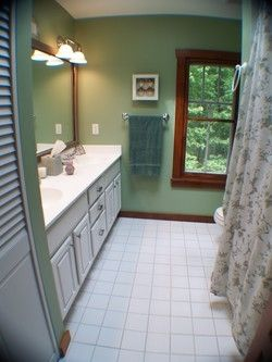 Full Bathroom with double sinks; complete with towels, etc. Total = 3 1/2 baths