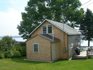 Harpswell cottage photo - Cedar Shake Cottage on the water