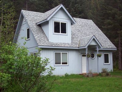 A Home Away From Home Lodging -enjoy peaceful country setting 6 mi. from Seward