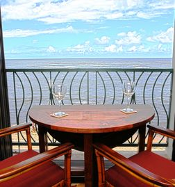 Waialua condo rental - Incredible ocean view - many turtles year round - seasonal whales