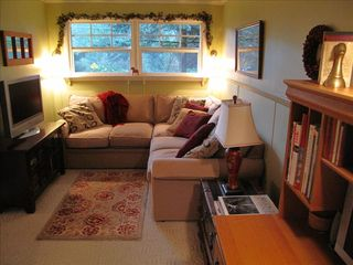 Portland house photo - Cozy den is great for TV, reading, using the desk or just relaxing