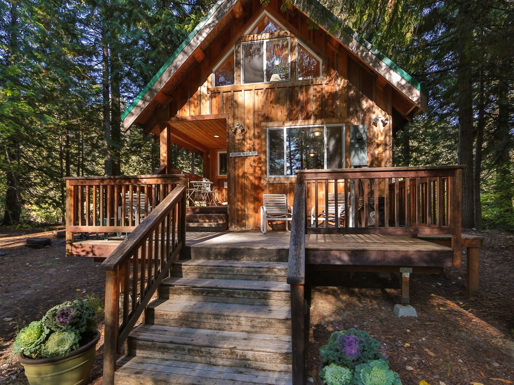 Leavenworth cabin rental osprey nest cabin cozy private for Leavenworth cabin rentals