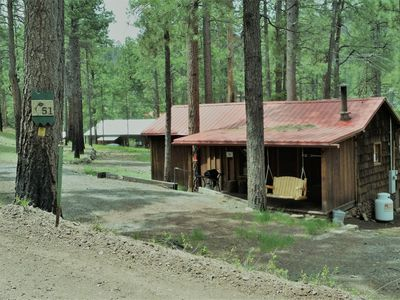 sleeps the details at bedrooms greer lazy located az cabins starting rentals see night dog village of in pinon friendly cabin per trout heart