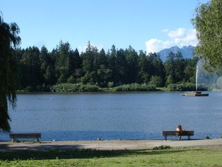 Vancouver condo photo - Stanley Park for lovely walks or cycling
