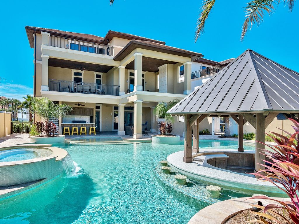The Most Amazing Pool On The Emerald Coast Vrbo