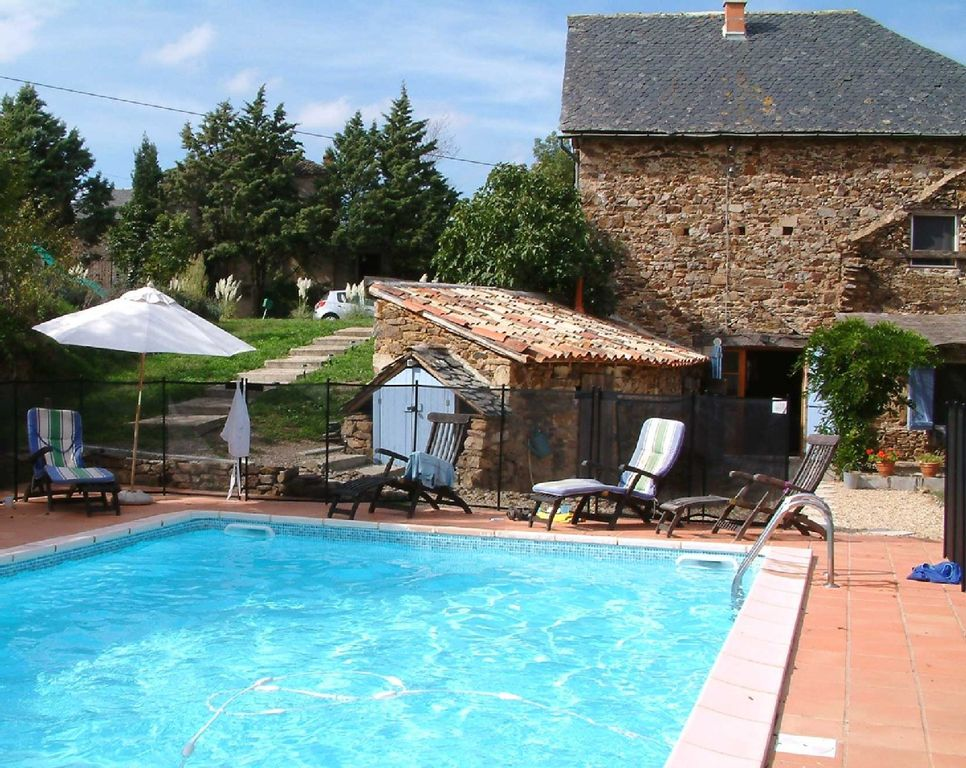 Beautiful converted barn private swimming homeaway tarn for Private swimming pool
