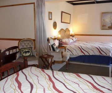 Self Catering Accommodation A1 Bay View - The African Room
