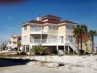 CAPTAINS LOOKOUT: 3 BR / 2.5 BA town house in NAVARRE BEACH, Sleeps 8
