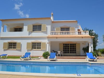 Large Villa with Private Pool and Country Views + Wi-Fi