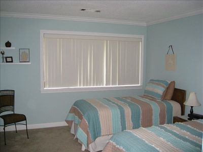 2nd Bedroom Twin Beds, DVD player, large closet, full bathroom
