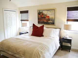 Austin townhome photo - Second bedroom with king bed and large flat screen HD TV.