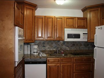 St. Simons Island condo rental - Try finding another real granite countertop in a condo for rent.
