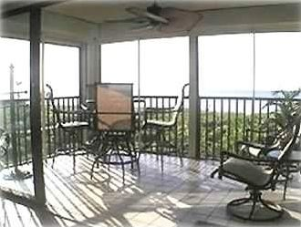 Spacious Corner-View Lanai, with  Bar-Height Furniture