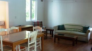 Cape Charles cottage photo - Seating area in cottage