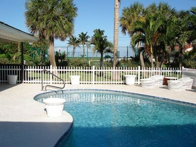 Solar heated Private pool with covered deck. Hear the ocean while relaxing!