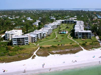 Aerial view of Loggerhead Cay. We are the first building on the right.
