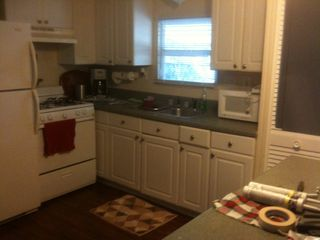 Tavernier mobile home photo - Kitchen, wood cabinets, new appliances